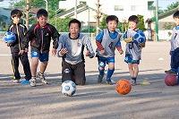 サッカー教室の低学年写真1